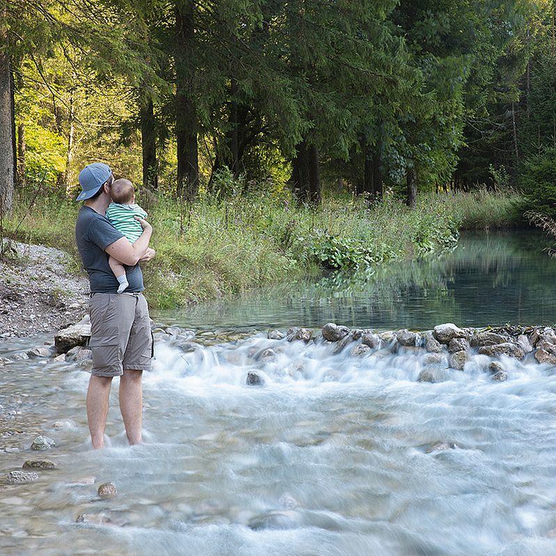Vater und Sohn im ´Cumberland Wildpark Grünau