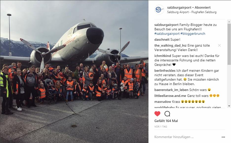 Gruppenfoto Bloggerbrunch am Flughafen Salzburg