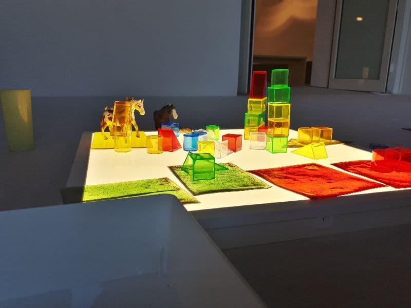 Spielwerk Gaudimax Linz 2019 2020  Kreativwerkstatt Leuchtklötze